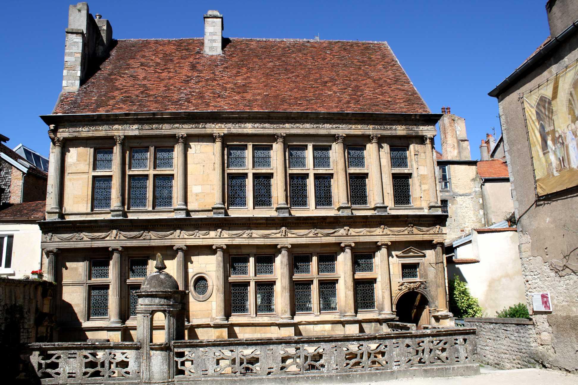 Langres - Maison de la renaissance ...
